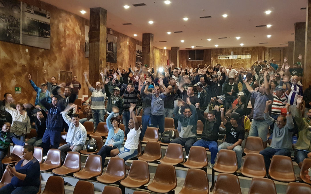 Servidores de Praia Grande decidem manter greve que começa dia 31 de maio