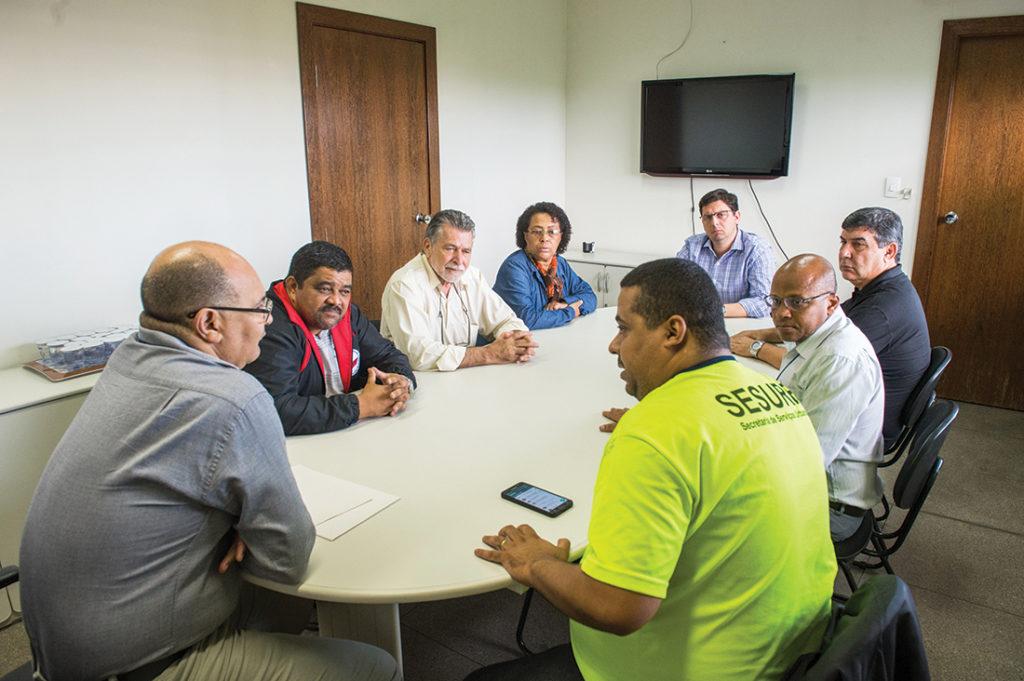 Reunião definiu a reabertura das negociações
